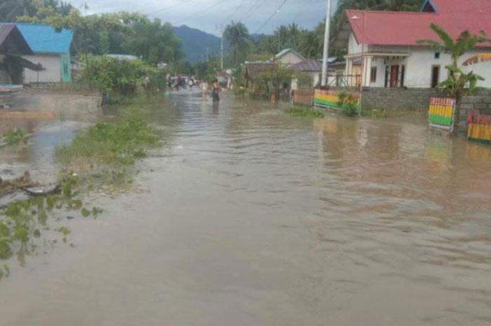 Parimo Dikepung Banjir