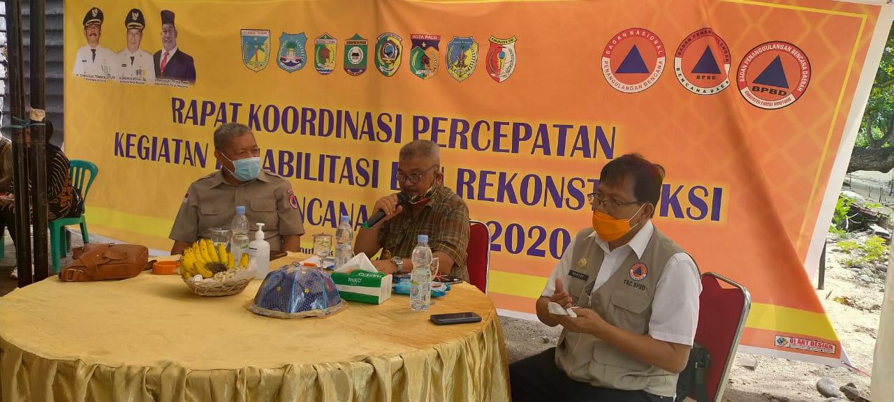 Rapat koordinasi Percepatan Kegiatan Rehabilitasi dan Rekonstruksi Pasca Bencana tahun 2020 bertempat di Pantai Mosing, Desa Sinei, Kecamatan Tinombo